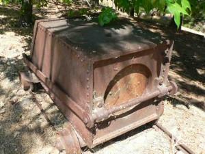 Dipper ore cart, multi functional as ore bucket