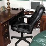 Desk and workstation