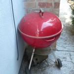 Red Weber kettle