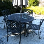 patio umbrella table and chairs